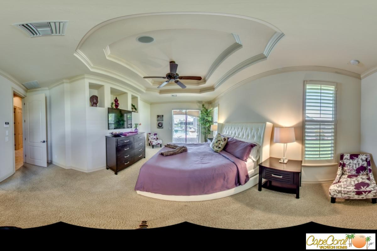 37-Master Bedroom Panorama