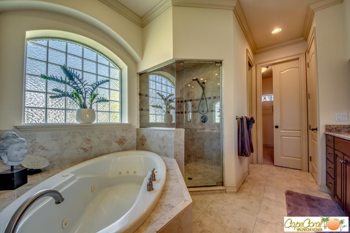 41-Master Bathroom