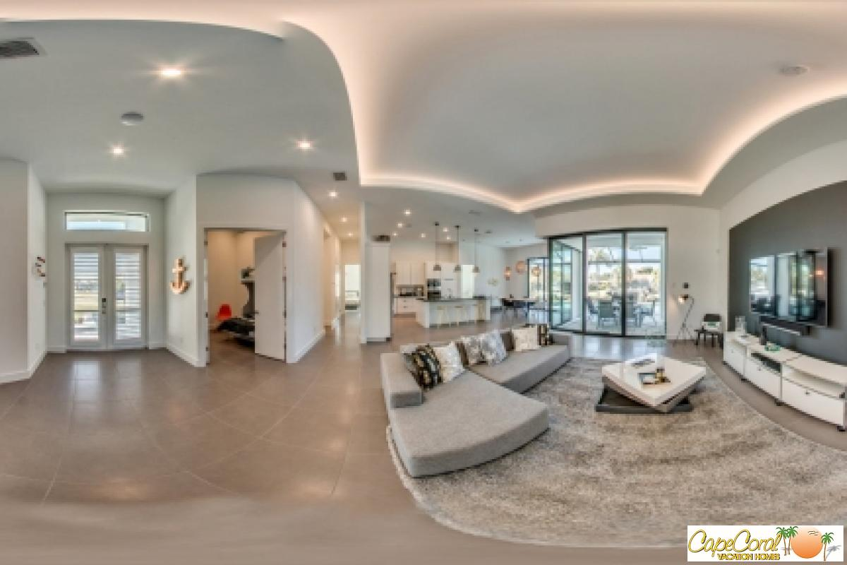 9-Living Room Panorama